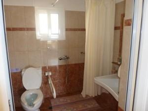 room1_bath